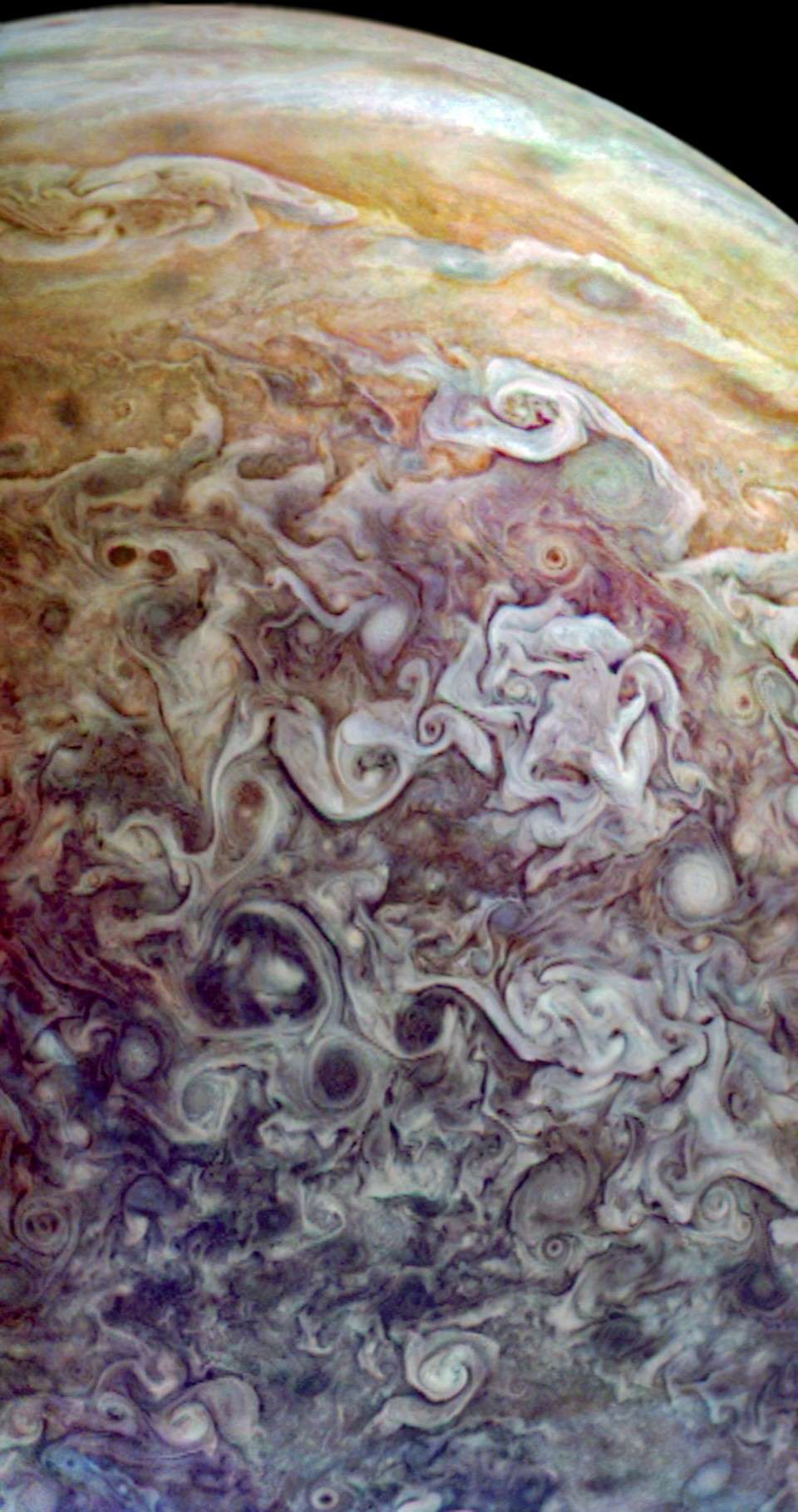 amazing-new-pictures-jupiter-just-perfect-11