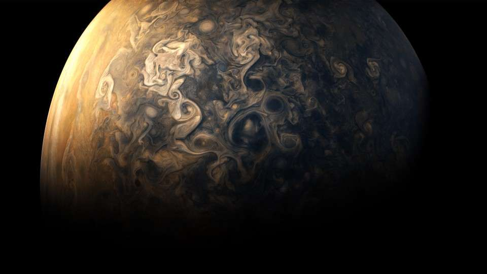 amazing-new-pictures-jupiter-just-perfect-13