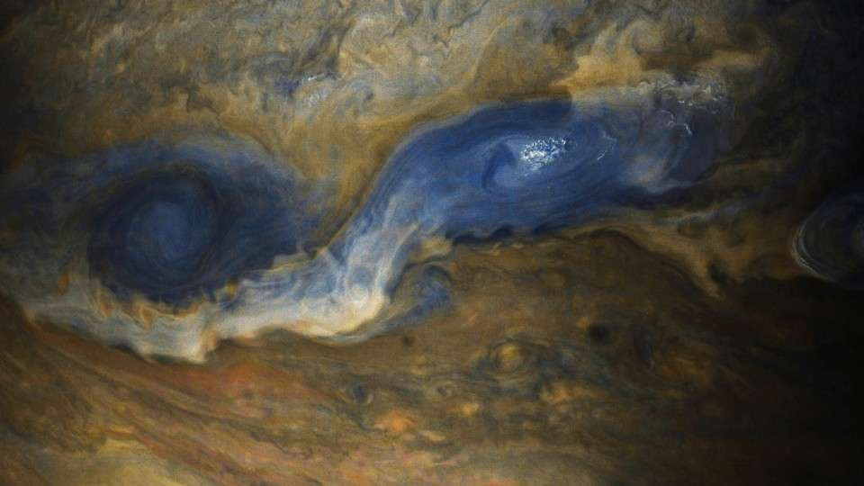 amazing-new-pictures-jupiter-just-perfect-14