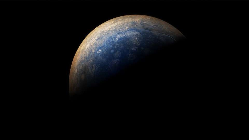 amazing-new-pictures-jupiter-just-perfect-15