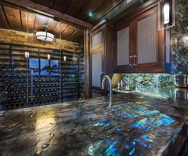 ever-seen-gemstone-countertops-youll-want-one-seeing-one-6