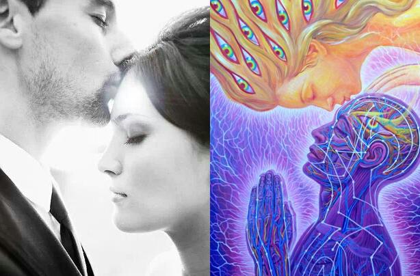 incredible-power-third-eye-kiss